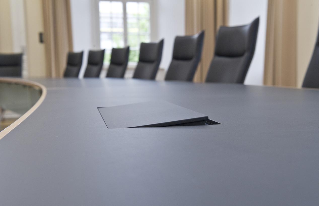 Fröscher GmbH & Co. KG - Stühle und Tische: fallon